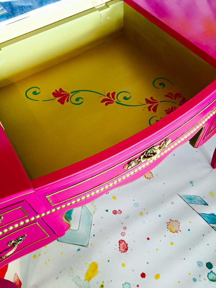 divine-escape-pink-dreams-custom-color-gold2.jpg